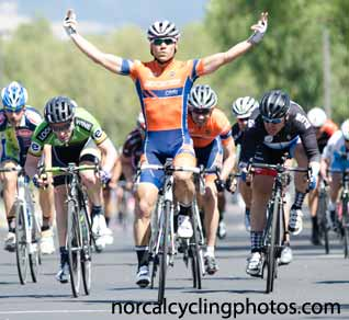 athlete-pph-mniiro-memorial-day-criterium-2015