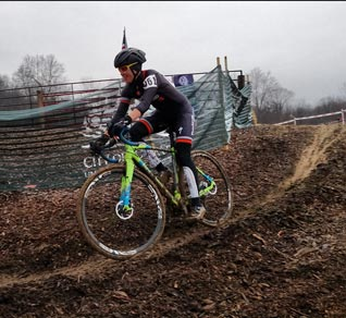 athlete-th-pburks-jinglecross-2015