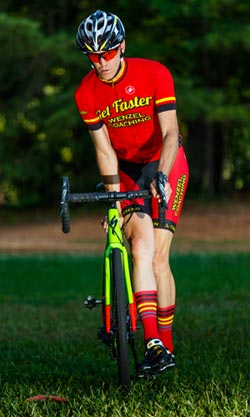 Head Coach Todd Hunter demonstrates a cyclocross dismount.