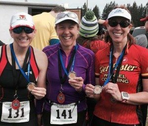 duathlon-medalists-Wenzel-Coaching-Get-Faster