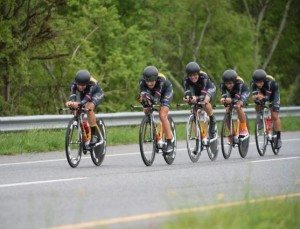 women-optum-team-in-formation-at-us-national-ttt-championship