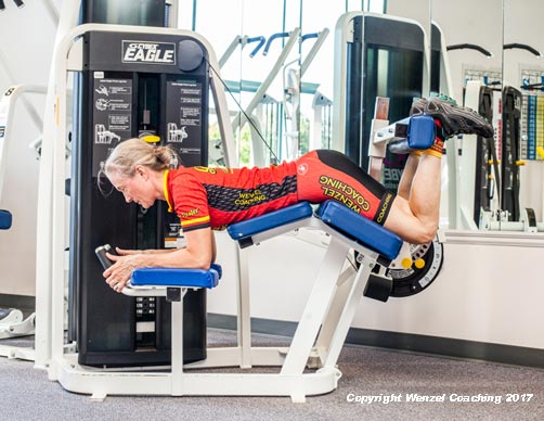 Leg Curl Exercise. Fully flexed position, by Wenzel Coaching